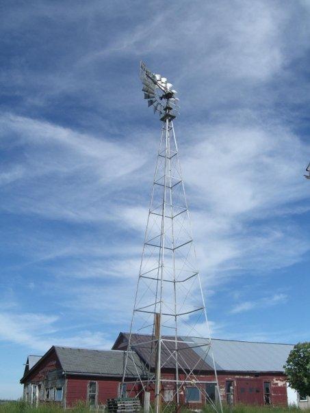 amish farm windmill